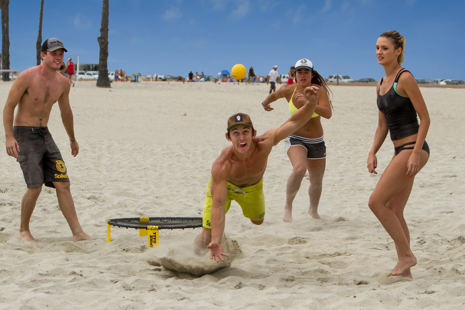 Beach Spikeball